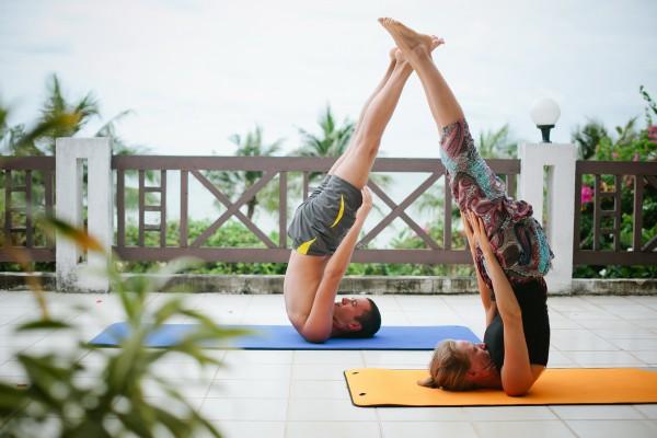 Йога в Тайланде. Халасана