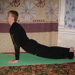 Йога при кифозе, болезнь Шейермана-Мау — как избежать операции