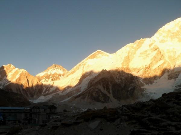 Закат и горы