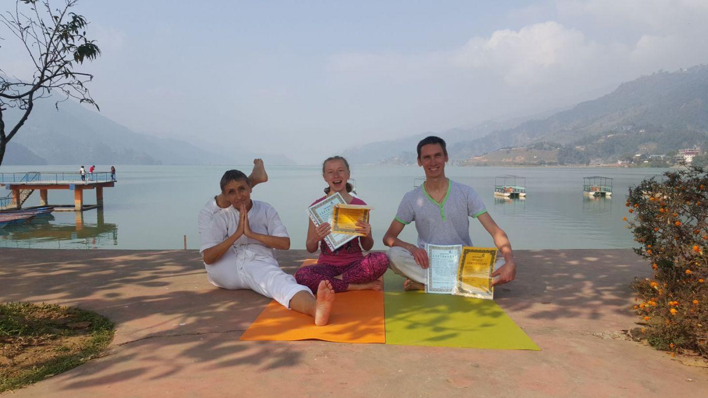 Отзыв из непальского йога-трека от Андрея и Екатерины Берсеневых из Екатеринбурга